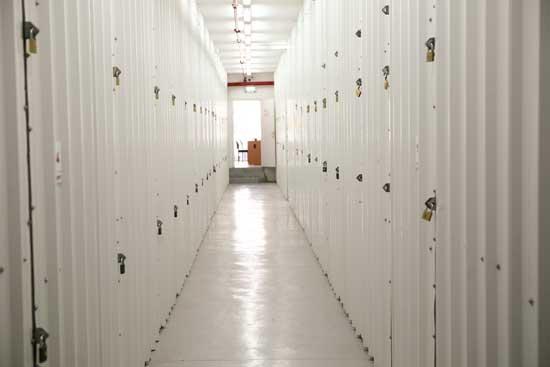 יחידות אחסון להשכרה במרכז, שטחי אחסון להשכרה במרכז באחסון בטוח