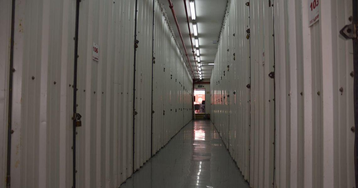 יחידות אחסון בשדרת מחסנים להשכרה